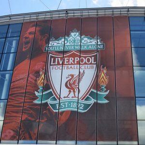 Liverpool. Fonte immagine: Flickr description: Walton Breck Road, Anfield da Wikipedia