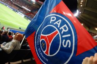 Una bandiera del PSG. Fonte: Philippe Agnifili (flickr.com)