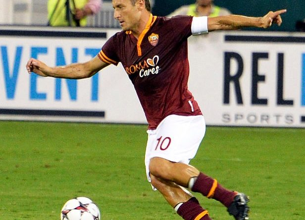 Totti - Fonte immagine: Warrenfish - Wikipedia
