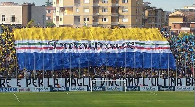 Tifoseria Frosinone - Fonte immagine: Syd00 grazie Roberto P., Wikipedia