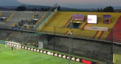 Per il Benevento è storia: 1-0 al Carpi e prima volta in Serie A
