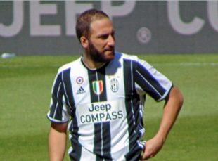 Higuain - Fonte immagine: Leandro Ceruti e Danyele, Wikipedia
