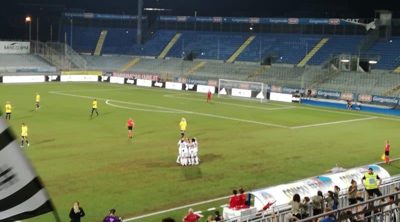 (Le giocatrici della Juventus Women festeggiano dopo il gol - Autore: Salvatore Suriano)