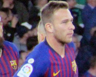 Arthur accostato alla Juventus
