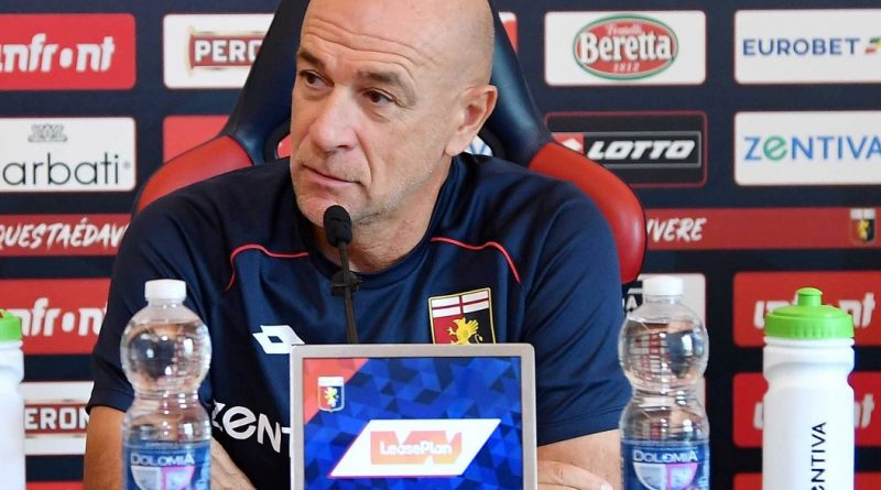 Mister Davide Ballardini in conferenza stampa (foto genoacfc.it)